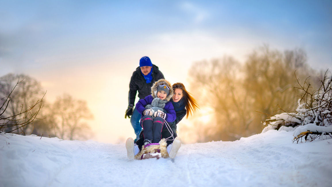 Have some family fun in the snow when you stay at our Medicine Hat accommodations in winter.